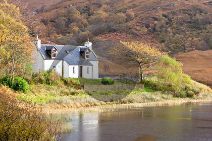 Ghillies Cottage Arieniskill-3456-Edit 